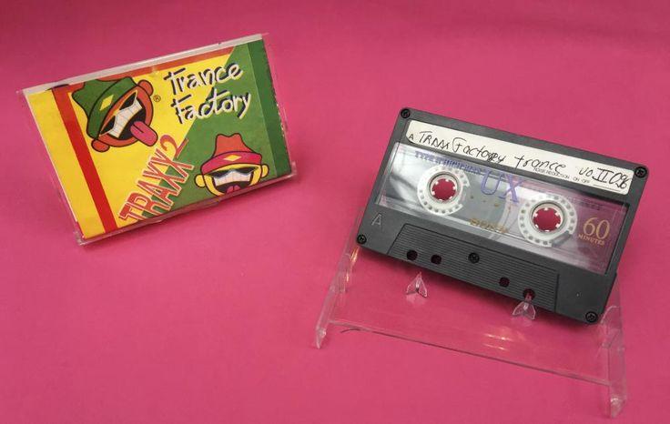 Esta es la historia detrás del CD que a muchos los inició en la electrónica y a otros los puso a bailar hasta en salones comunales.
