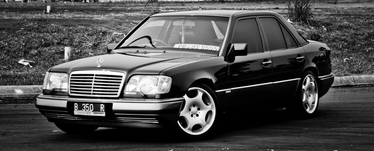 Mercedes Benz W124 by izanherdianza