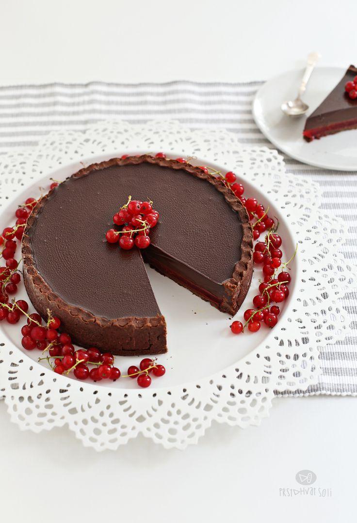 Tart sa cokoladom i ribizlama / Chocolate & currant tart