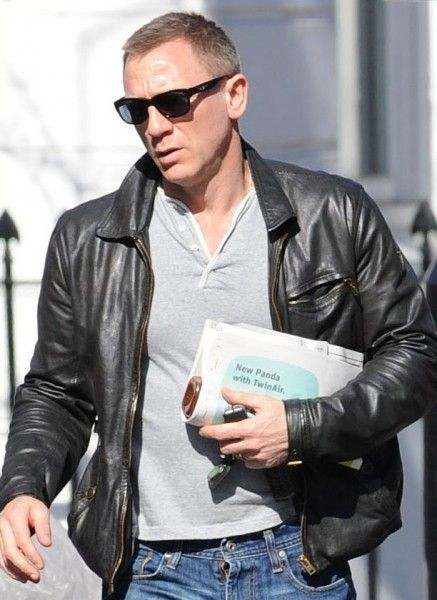 #celebrity #fashion #trends www.jacketstrend.com