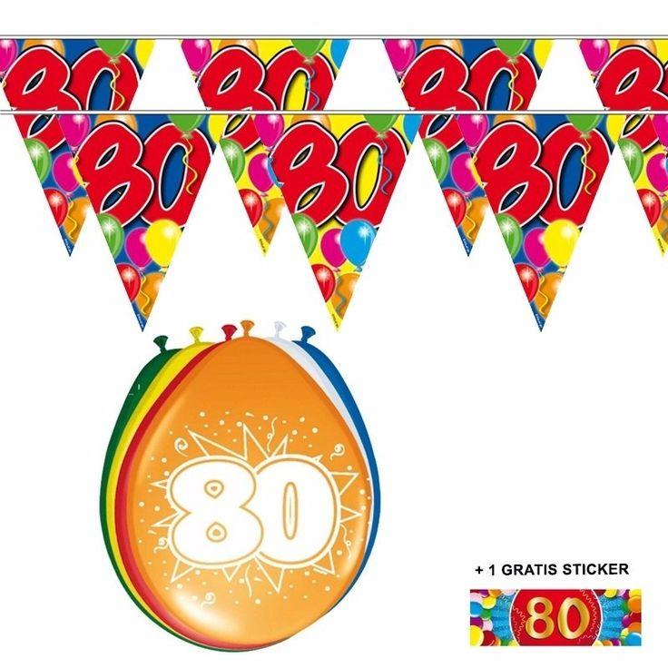 Voordeelset 80 jaar met 2 vlaggenlijnen en ballonnen  80 jaar versiering voordeelset met 2 vlaggenlijnen een zakje van 8 ballonnen en een gratis sticker. Beide vlaggenlijnen zijn 10 meter lang en aan 1 kant bedrukt. De ballonnen zijn 30 cm.  Dit artikel bestaat uit: 1x Ballonnen 80 jaar 2x Leeftijd vlaggenlijn 80 jaar 10 meter 1x 80 jaar sticker  EUR 6.95  Meer informatie