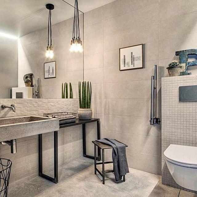 -Morning☕️- Til helgen reiser mannen og murer opp på hytta for å avrette alle gulv. Denne dama har nemlig plukket seg ut fliser fra @modenafliser i størrelse 60x120cm! Det er stort det! Gleder meg så til å vise dere Ha en nydelig Torsdag!  ________________  #interior4all #interior123 #boligpluss  #homeinterior4you #charminghouses #dream_interiors #inredningsdesign #interior125  #asafotoninspo #boligliv #inredningsdesign #dagensinteriør #interior2you #interior #skandinaviskehjem #ssevjen  ...