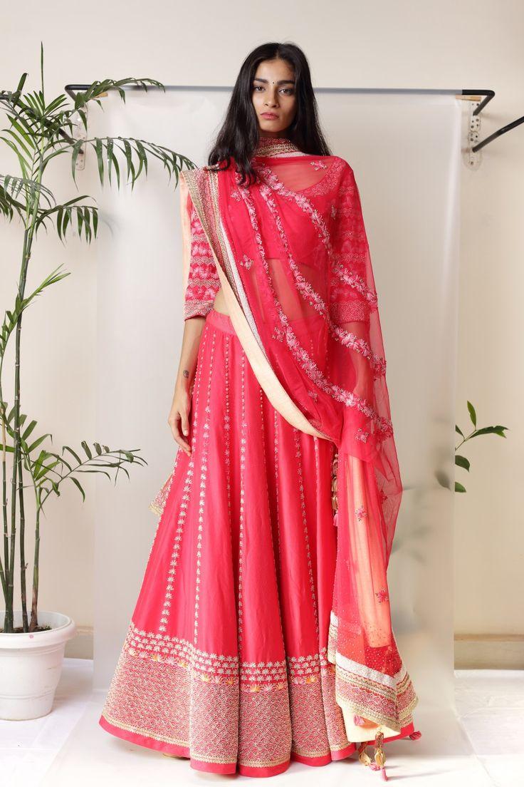 best the big indian wedding images on Pinterest Indian bridal