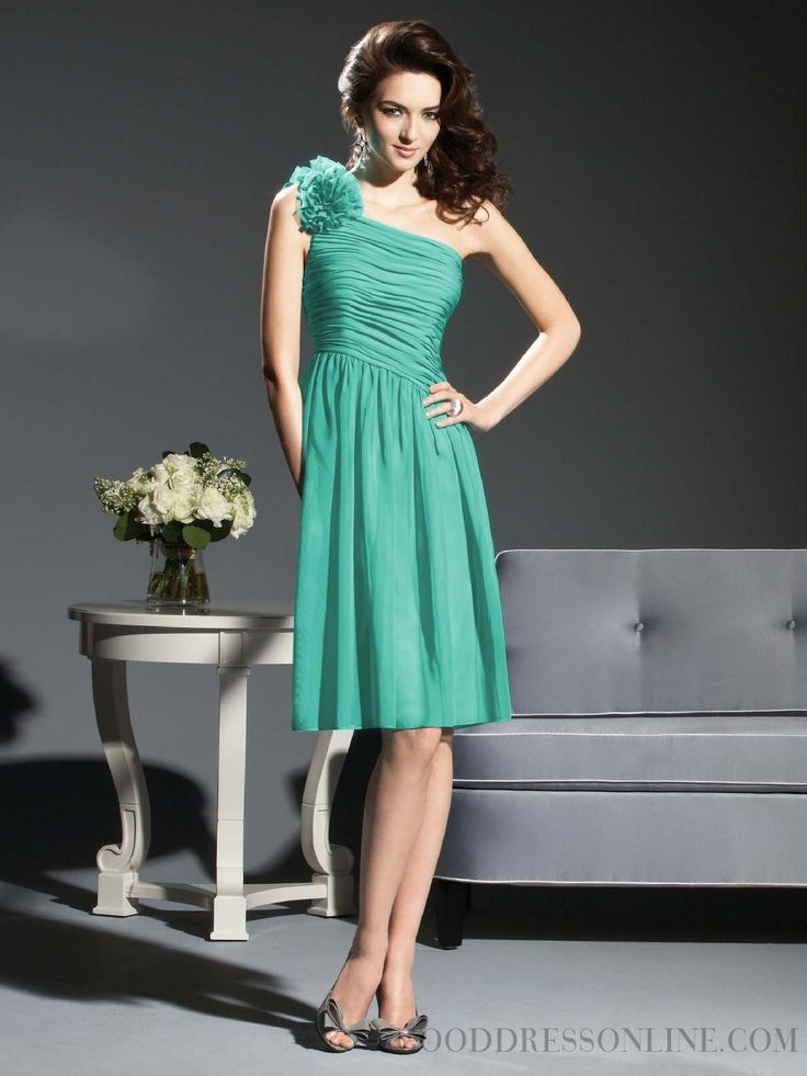 2015 Hot Sheath / Column One Shoulder Knee-length Chiffon Bridesmaid Dresses