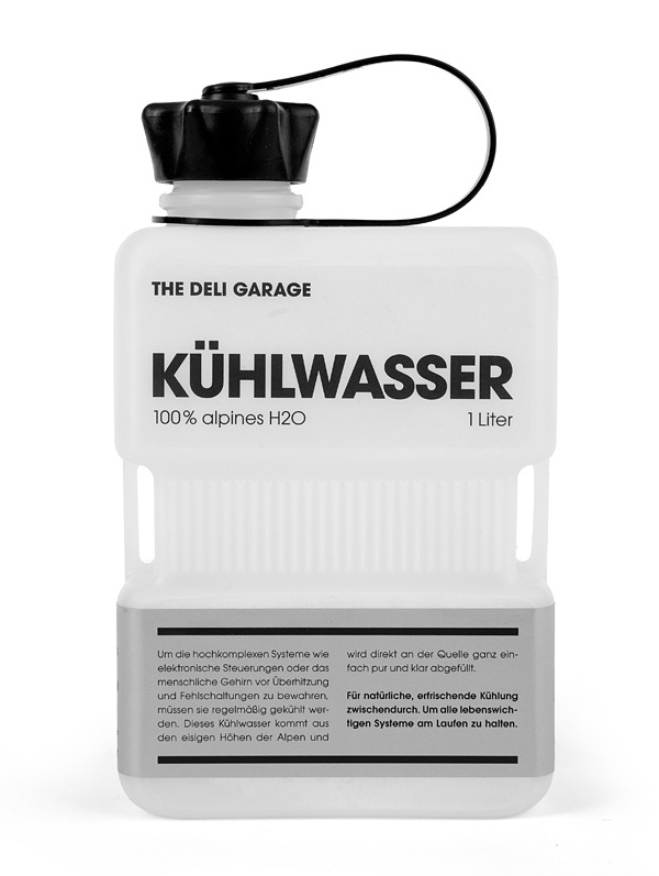 Kühlwasser is a premium glacial water product sourced from the Alpines and is the latest product to be retailed by on-line local food co-operative The Deli Garage, a company keen on promoting the union of high quality produce and creative packaging solutions. Designed by Hamburg (Germany) based independent design agency Rocket & Wink