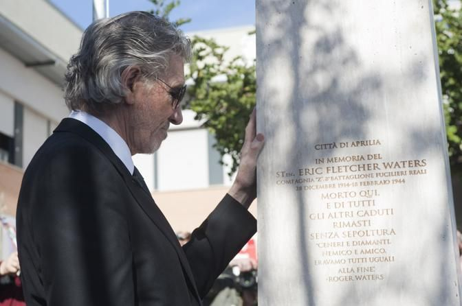 Eric Fletcher Waters Monument - Former Pink Floyd bassist and songwriter Roger Waters visits the villages of Anzio and Aprilia NEAR Rome where his father Eric Fletcher Waters died durign World War II (18 feb 2014)