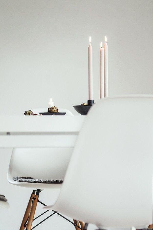 4 Kerzlein brennen bei uns am Morgen, obwohl noch kein Weihnachten bzw. Heiligabend ist, das dieses Jahr ja auf den 4. Advent fällt. ist:o) Euch allen ein tolles Wochenende! Liebste Grüße Antje