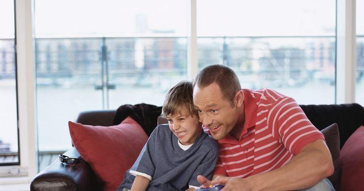 Trucos, consejos y hacks para el sistema PS3. El Sony PlayStation 3 es una consola de juego con características como conectividad a Internet y compatibilidad Blu-ray. Continúa adaptándose a un ambiente tecnológico en constante cambio. Pero aunque estas características tan importantes se publicitan, aún hay varios consejos y trucos para que tu PS3 sea más fácil de usar e inclusive sea más ...