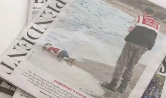 Gambar budak terkulai di pantai Turki kejutkan Eropah - http://malaysianreview.com/143118/gambar-budak-terkulai-di-pantai-turki-kejutkan-eropah/