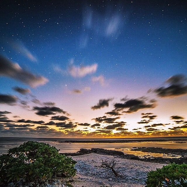 First light on the Southern Great Barrier Reef -  Image by @jasonsharleshill #thisisqueensland