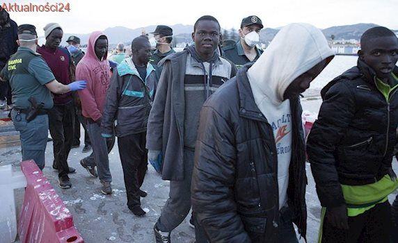 36 tysięcy uratowanych uchodźców, 440 zniszczonych łodzi