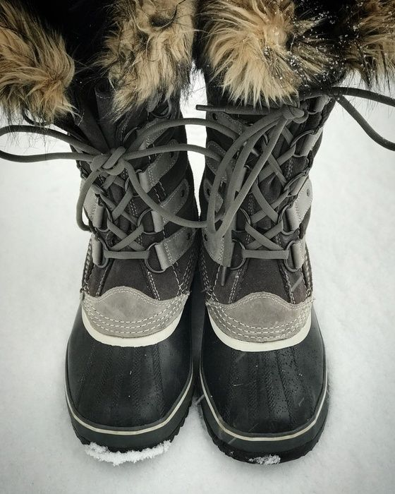 Winter arrived today in the Northeast.  All of this beautiful snow means it's time to wear to pull out my favorite winter boots.  These Sorel Joan of Arc boots keep my toesies warm while I play in the oustide with my kiddos.  Happy Winter!   #positivelystyled #sorel #joanofarc #wintergear #winterboots #snow #northeast #winterstyle #familyplaytime #casualstyle #boots #instastyle #girlboss #bossbabe #momboss #familyfun #winterfun
