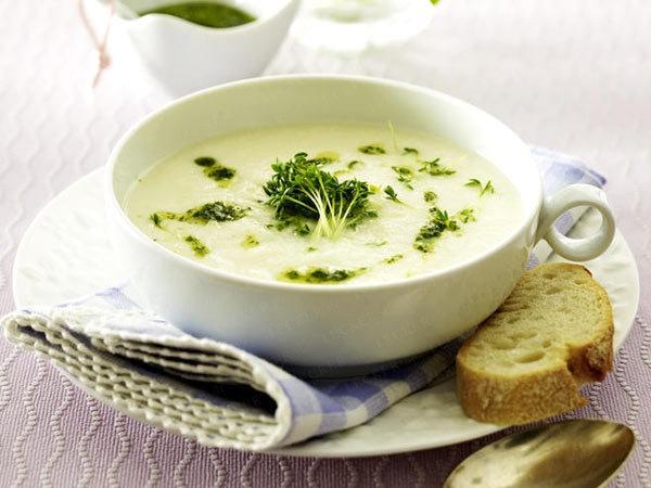 Frühlingssuppe - kohlrabi-suppe