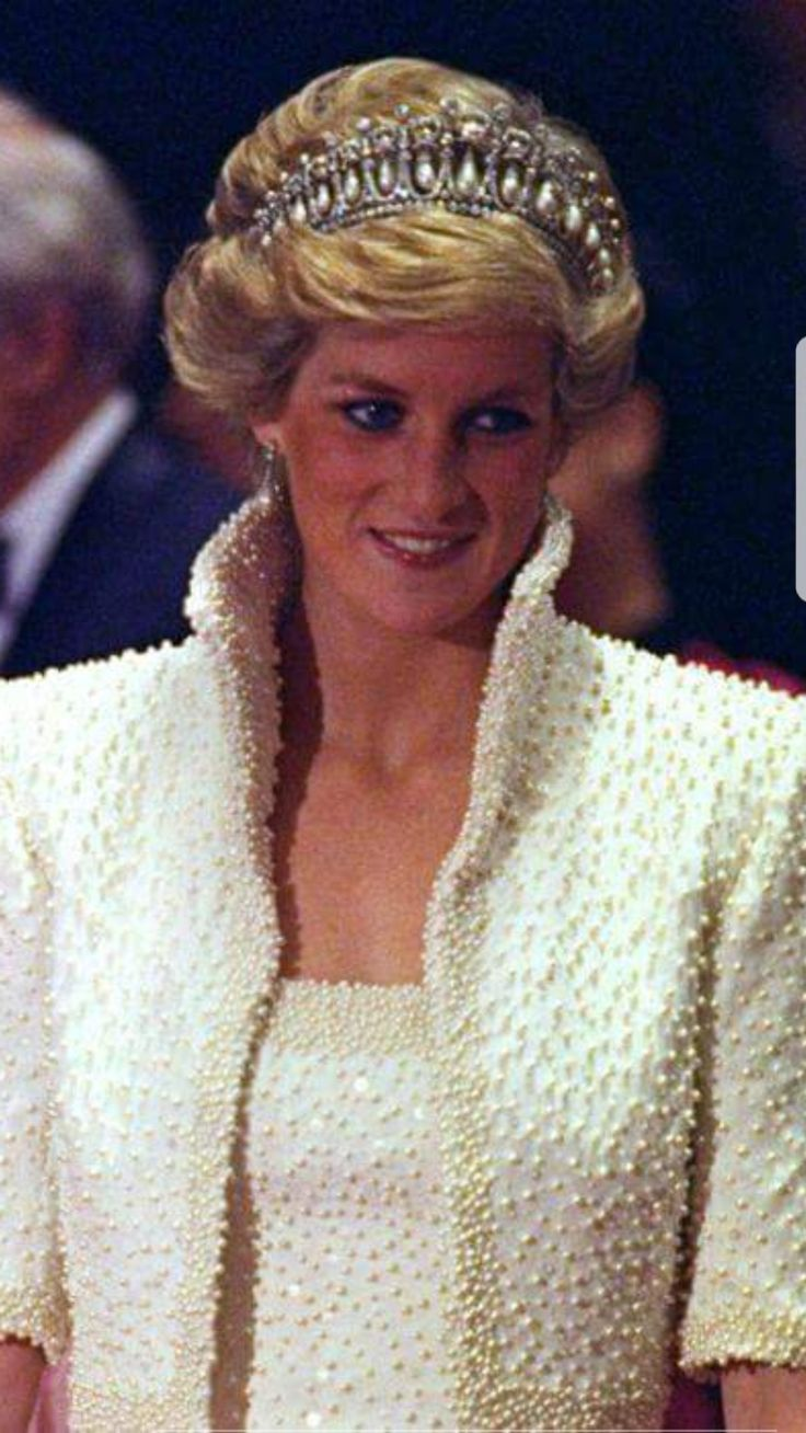 41850 best princess diana the most loved princess then Diana princess of wales affairs
