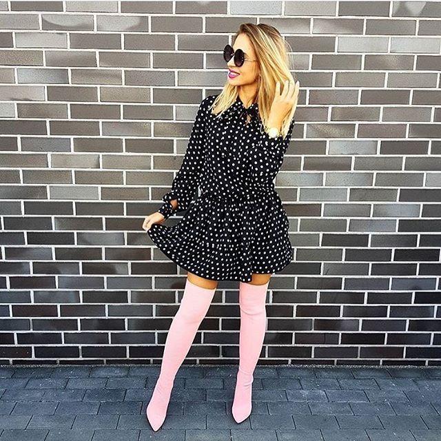 Sukienka w kropki dodaje uroku, prawda? 😍😍😍 @karolina.banas My mamy dziś dla Was rabat -20% na wszystkie sukienki 👌👌 hasło: pazdziernik10 www.mosquito.pl #polishgirl #girl #love #fashion #style #mosquitopl #skleponline #shopping #shop #blonde #zakupyonline #shoponline #sukienka #sukienki #dress #ootd