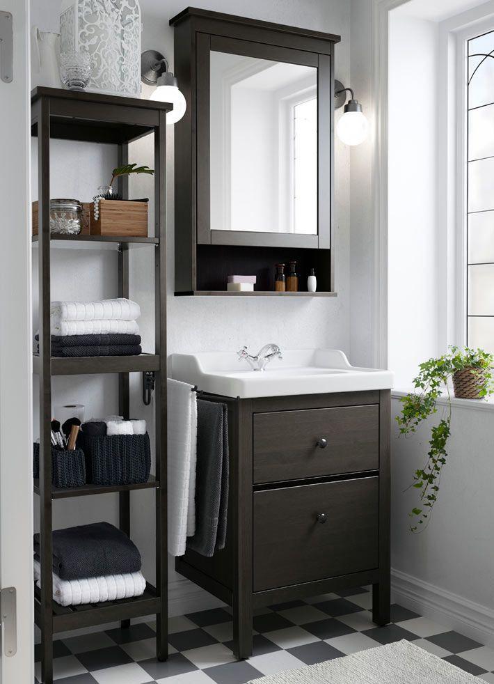 Хранение на открытых полках в ванной комнате