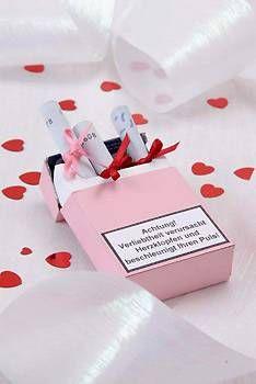 Hochzeit: Geldgeschenke kreativ verpacken - mit diesen Ideen