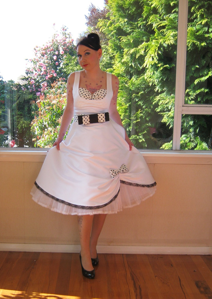 12 Best Wedding Dresses Images On Pinterest Wedding Frocks Short