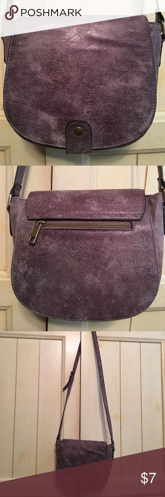 "Cute crossbody bag Gray lightly embossed PU saddle bag, magnetic closure, zip pocket in back, zip pocket & 2 slip pockets inside, 8-1/4""W x 7""H x 3-1/2""D, 22-1/2"" (at longest) adjustable strap drop, lovingly worn, needs a new home! Bags Crossbody Bags"