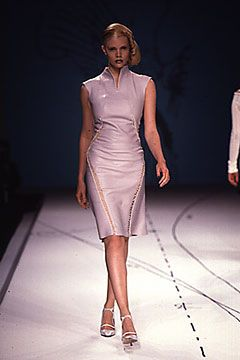 Tristan Webber Spring 2000 Ready-to-Wear Collection Slideshow on Style.com