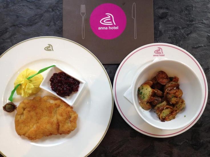 #Wienerschnitzel #anna #hotel #Munich http://annahotel.de/en/