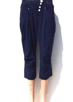 À vendre sur #vintedfrance ! http://www.vinted.fr/mode-femmes/pantacourts/29061599-pantacourt-femme-haute-couture-high-bleu-38-mt2
