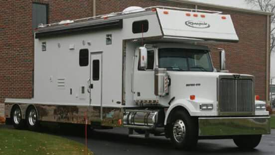 149 Best Toter Home Images On Pinterest Big Trucks Semi