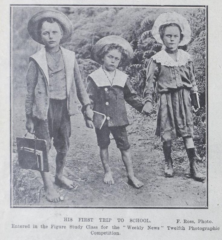 A boy's first trip to school, 2 June 1910. Sir George Grey Special Collections, Auckland Libraries, AWNS-19100602-16-3.