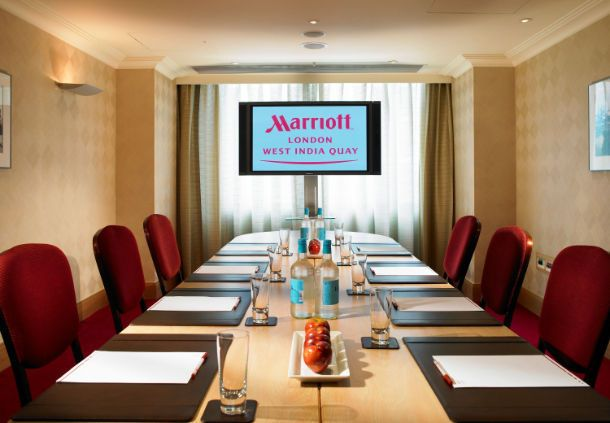 Marriott Executive Apartments London, West India Quay Teak Meeting Room
