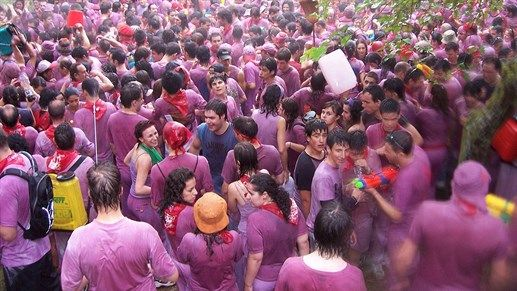 Places to visit in 2016: Spain during La Batalla del Vino. Hosted this year on June 29th. #kilroy #wine #spain #party #festival #purple