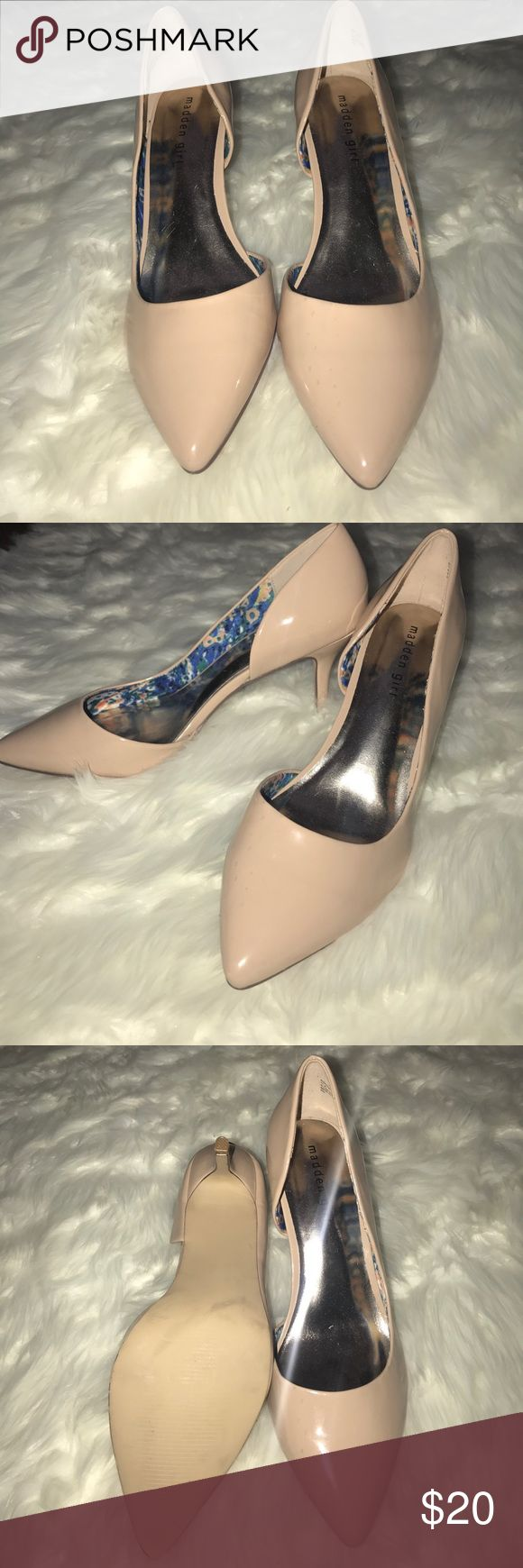 NWOT Madden girl nude pump Brand new never worn out of the house! Super cute and classy design! Madden Girl Shoes Heels