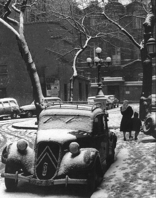 France. Place de Furstenberg, Paris 1956 // Maurice Bonnel