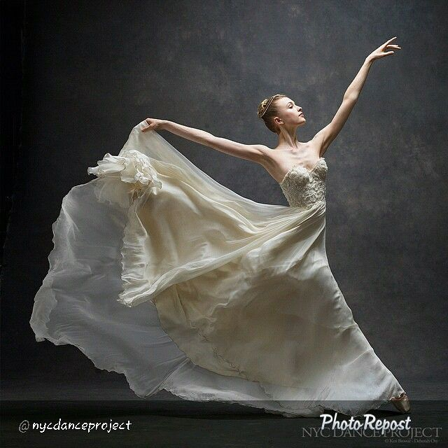 Can you believe the way @nycdanceproject captured the fabric of this stunning dress by @leannemarshalldesigns?! ...