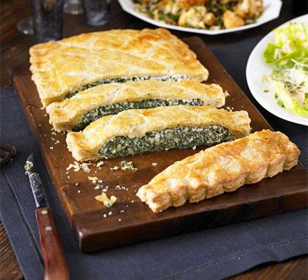 Both vegetarians and non-veggies will love this puff pastry parcel with Italian cheese - great as a buffet centrepiece