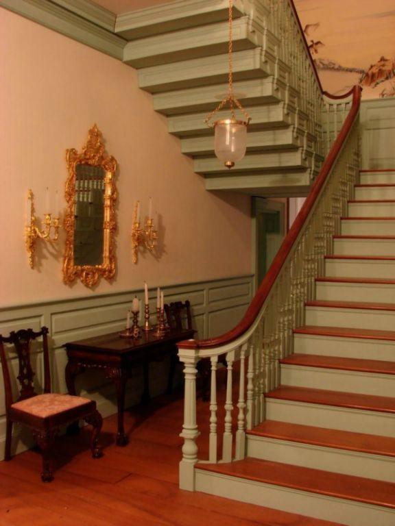 Amazing miniature staircase..............