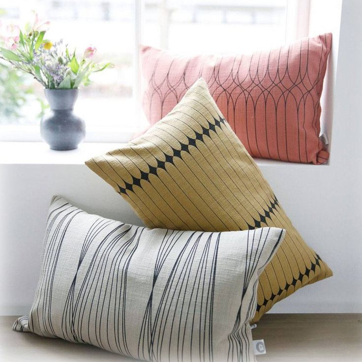 34 best Pillows images on Pinterest   Pillow inspiration, At home ...