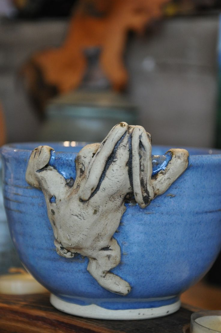 Muriel Sibley pottery - blue bunny bowl