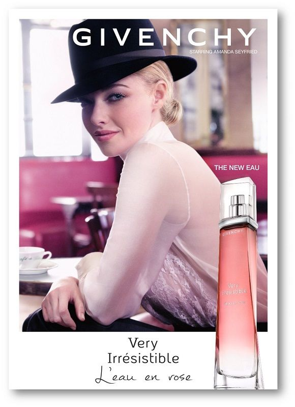 VERY IRRESISTIBLE L'EAU EN ROSE. Givenchy has created an eau de toilette for the senses, a universal floral designed for all women, to wear both in the depths of winter and the heat of summer. A frosted rose blooming with a burst of juicy blackberry. A cloud of mellow, almost cottony musks subtly weaves the trail of this luminous and delicate fragrance