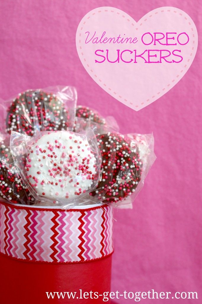 So yummy and fun to make with the kiddos! #valentinesday #oreo #recipe