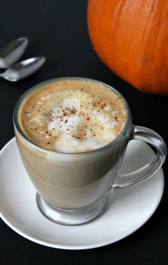 Homemade Pumpkin Spice Latte | What better way to kick off October than with a homemade pumpkin spice latte in hand? Thisrecipe is foolproof and a hundred times tastier than the kind from Starbucks!