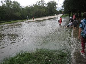 Couple selling home should have disclosed flooding