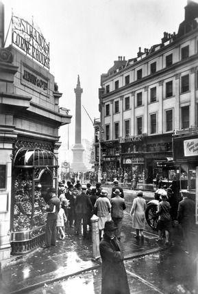 George Davison Reid -- Nelson's Column with Lyons' Strand Corner House: 20th century -- High quality art prints, framed prints, canvases -- Museum of London Prints