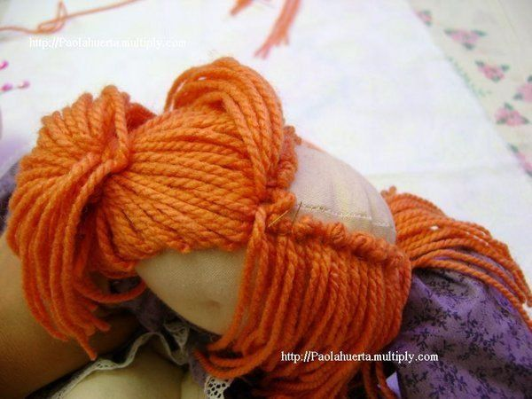 How to sew doll hair- The page isn't in English, but the pictures explain the method