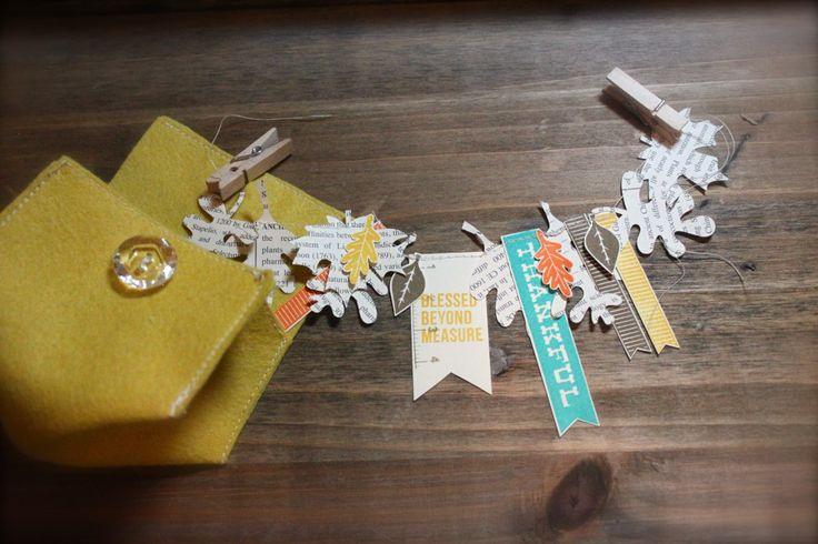 mini fall banner packaged in a felt envelope.