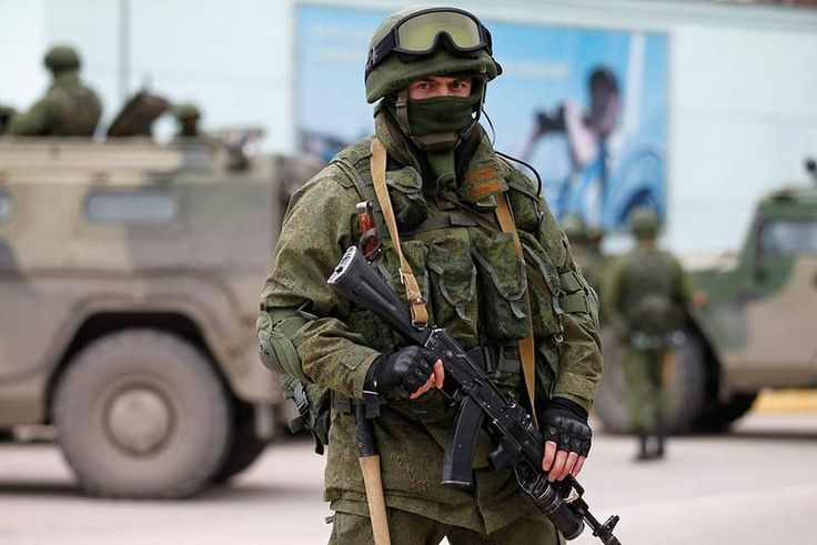 Russian soldier deployed in Krim, Ukraine. March 1, 2014 [803 x 536]