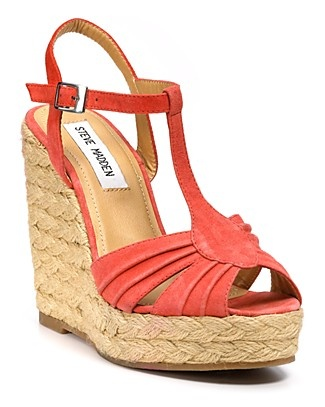 Love me some summer wedges!