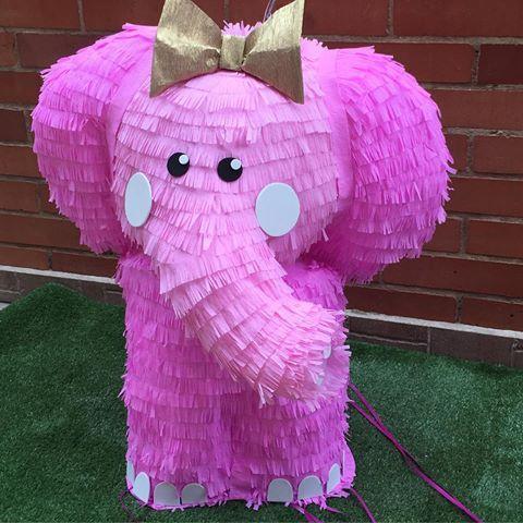 #pinapinatas #piñata #elenfantica piñata de cintas para el primer año