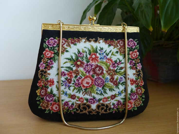 Купить Аукцион. Театральная винтажная сумка с вышивкой Petit Point на цепочке - комбинированный, сумочка