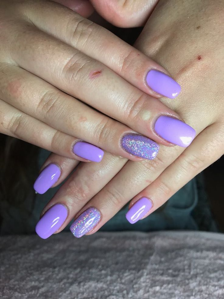 Exclusive Tammy Taylor nails