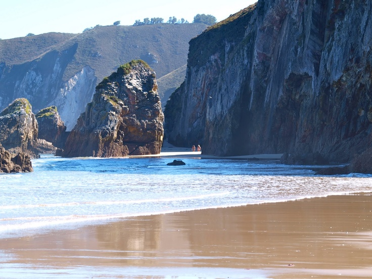 Playa La Franca, Ribadedeva. Asturias.